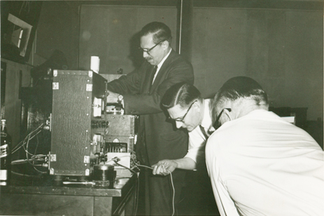 Edgar Villchur, Roy Allison, and an unknown colleague work on equipment, circa 1959. Photo credit unknown.