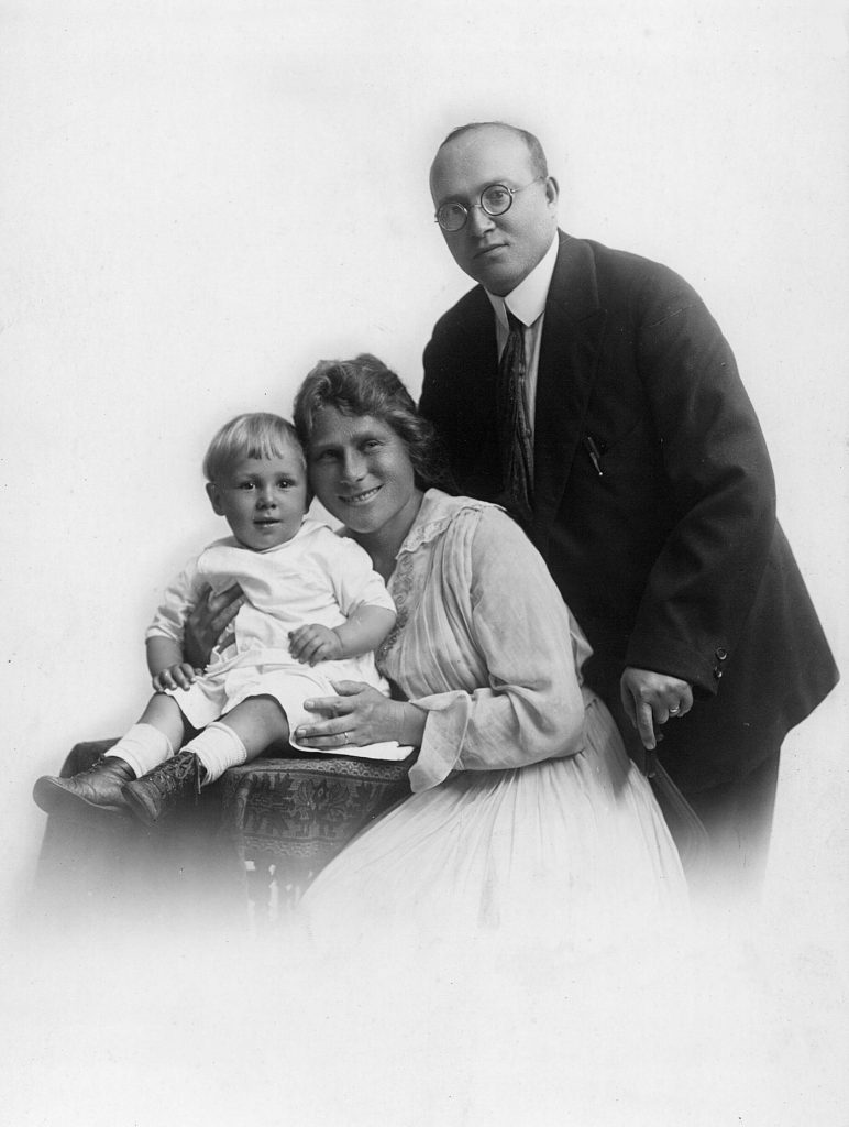 Edgar, Mariam, and Mark Villchur in 1918 or 1919. Although it was the custom at that time for people not to smile for photographs, Mariam apparently could not contain the joy she felt with her new family.